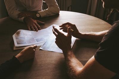 借金の無料相談で弁護士事務所を比較