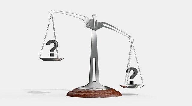 アディーレ法律事務所の任意整理にかかる費用を有力弁護士事務所と比較